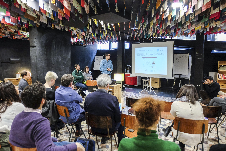 Mikel Oleaga, responsable de Proyectos Internacionales y del Sector Público en Impact Hub Madrid, en la presentación de los retos de Madrid en Social Challenges.