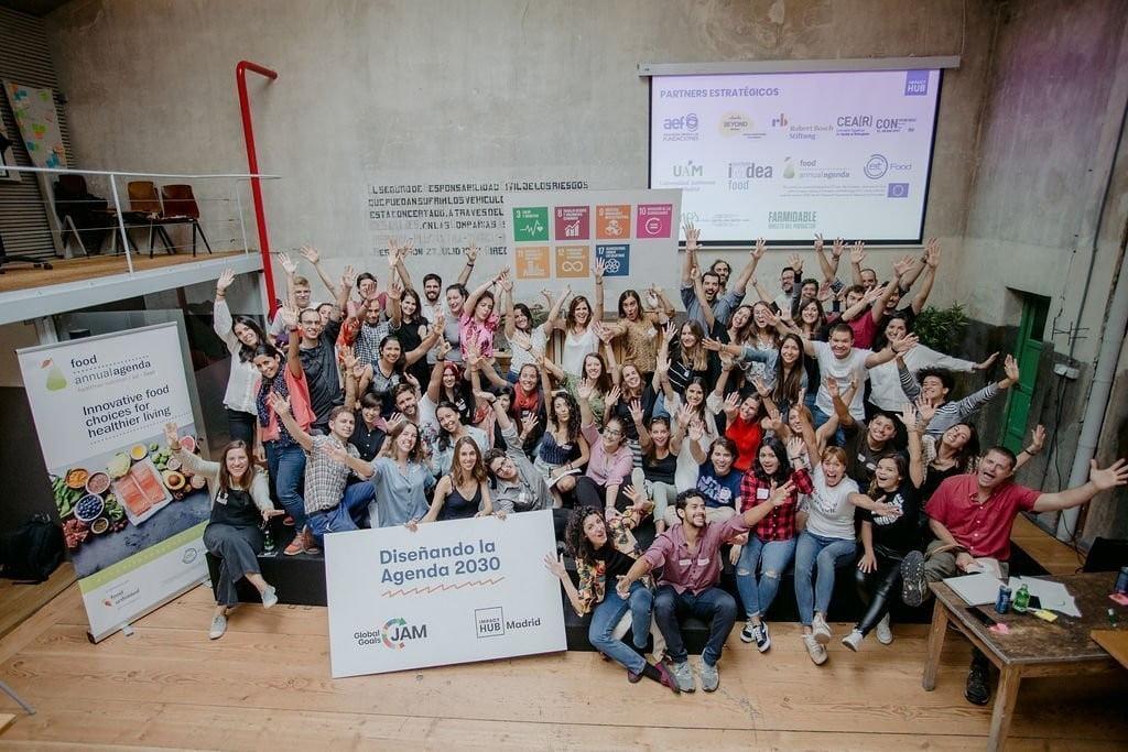 Jóvenes-innovación-e-idead-emprendedoras-en-Global-Goals-Jam-2019