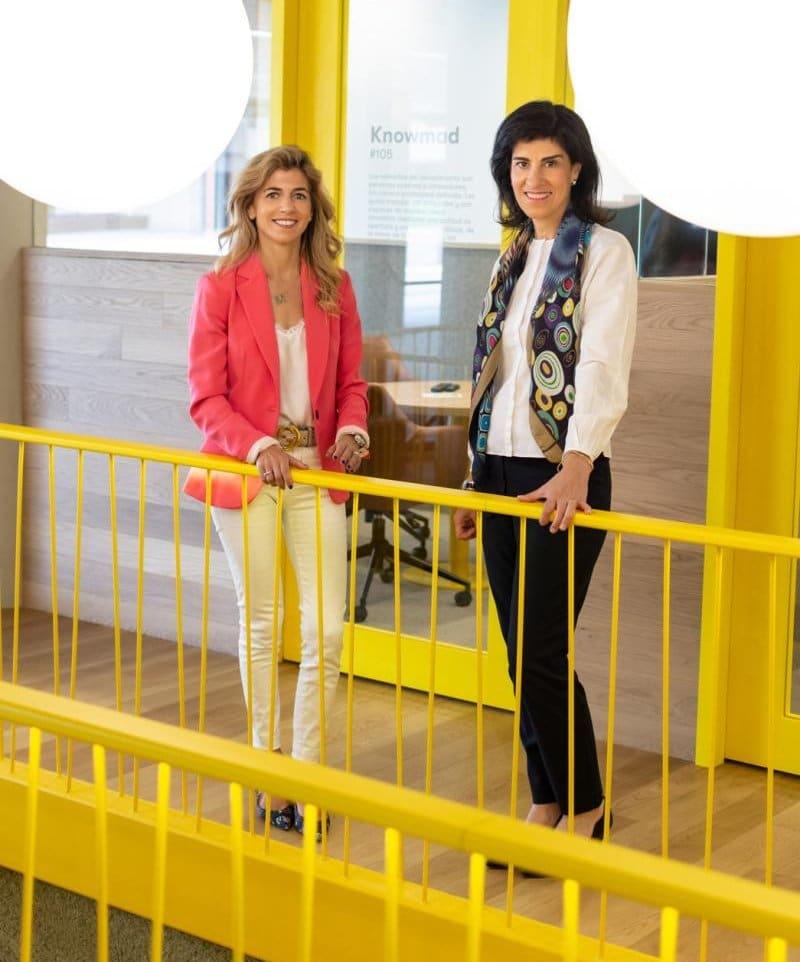 Mónica Pérez Hurtado y Pilar Trucios, fundadoras de Experience Ahead, programa de reinvención profesional para sénior