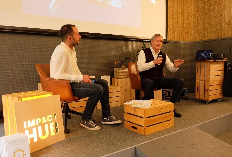 Gunter Pauli en una Impact Talk sobre economía azul