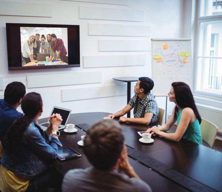 Las 5 claves para organizar una buena videoconferencia